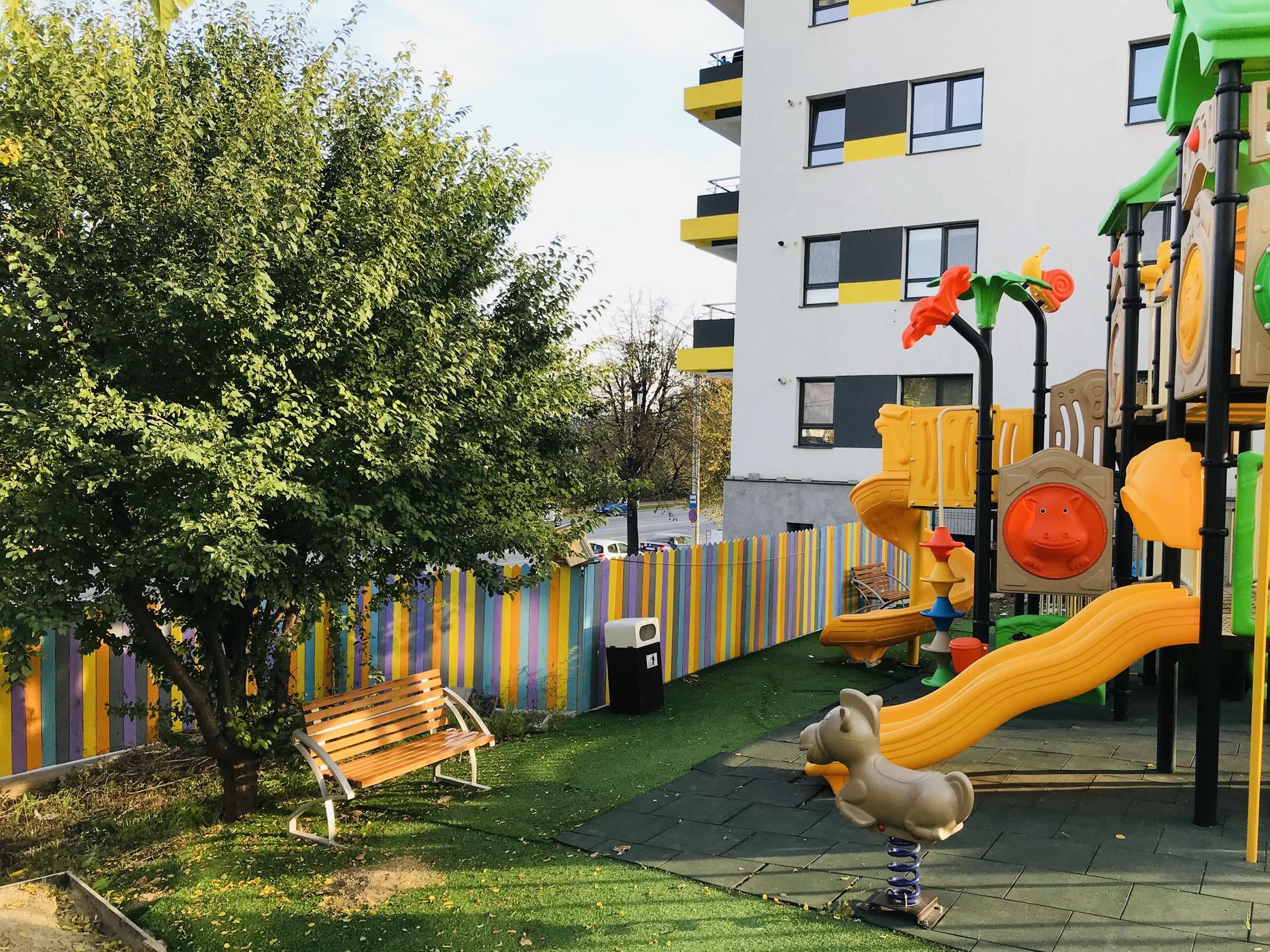 Loc de joacă pentru copii ansamblul rezidential Fusion Towers Iasi